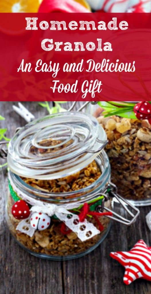 Homemade Granola is the Perfect Christmas Food Gift! It's is easy to make and package, people love to receive it - and it's healthy. Includes recipe and packaging ideas. Christmas food gift | Teacher gifts