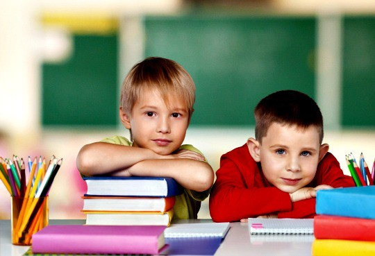 If your child doesn't learn to read in kindergarten, don't panic. Learning to read in kindergarten | K5 | Common Core